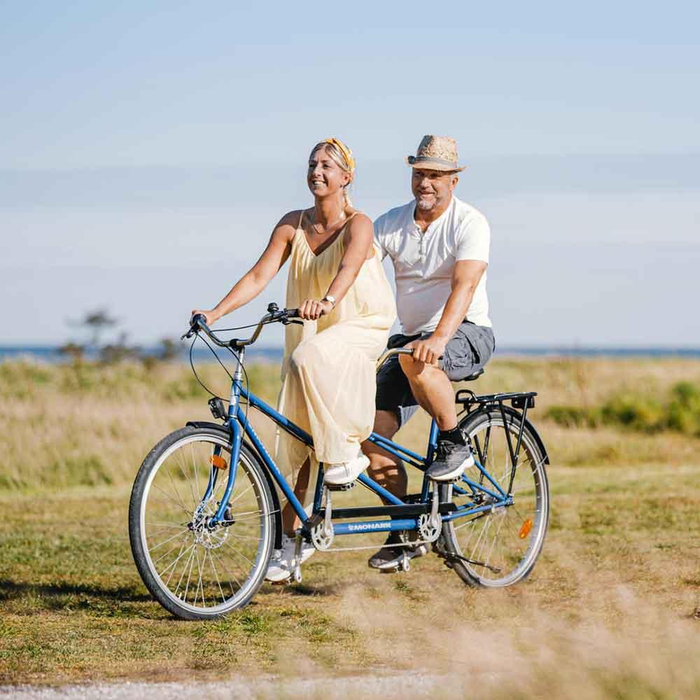 Cykla gotland kust till kust på tandemcykel